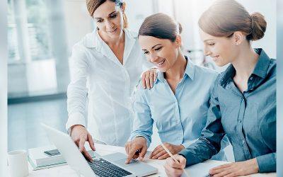 Las mujeres desarrollan competencias gerenciales