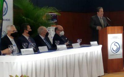 Palabras de Leonardo Palacios, presidente de La Cámara de Caracas, durante la presentación ante la LI Asamblea Anual Administrativa de Consecomercio de Tiziana Polesel.